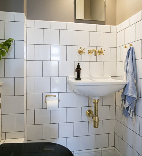 Make over af Gæste Toilet Frederiksberg. Pris : 64.470,00 kr kr.